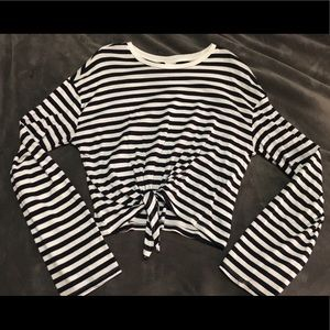 Navy/White Stripped Cropped Divided Long Sleeve